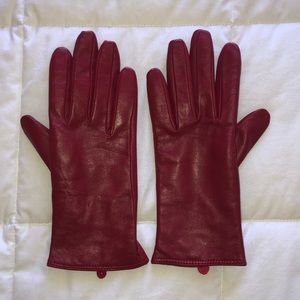 RED Charter Club Gloves Size M